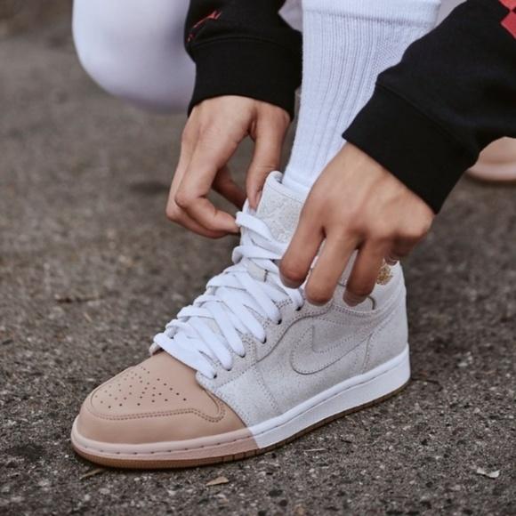 5858772a042 Women s Air Jordan 1 Retro High Premium Shoes